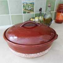 Cocotte en terre cuite avec couvercle