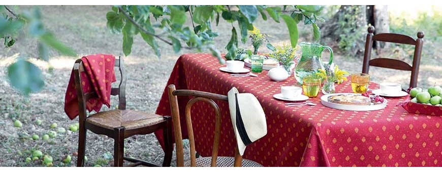 See our rectangle table linens in printed cotton or woven tablecloths