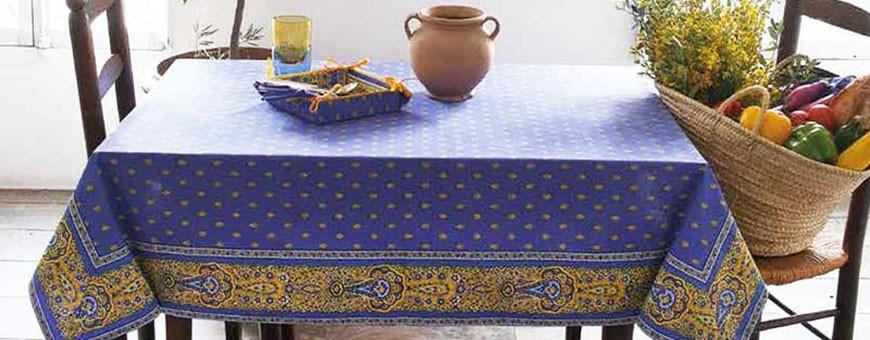 Nos nappes carrées anti tache ou pour table ronde : made in Provence !